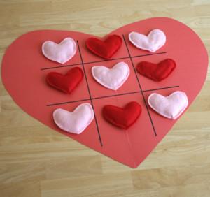 heart tic tac toe